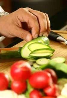 Nutritie - O dieta saraca in grasimi poate elimina simptomele menopauzei