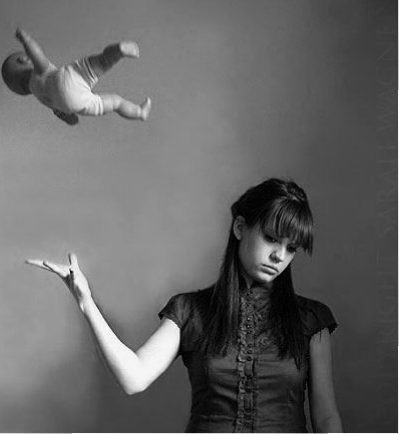 Stiri - Narcisismul parintilor afecteaza dezvoltarea psiho-emotionala a copiilor!